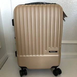 Calpak 20in carry on expandable suitcase New